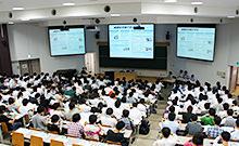 試験会場の写真